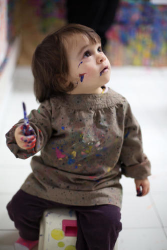Peinture aux joues - Crédit @Julienne Rose